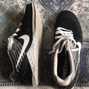 Men's Nike metcons